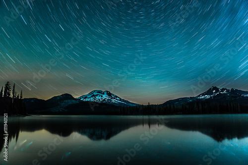 Star trails over the lake of Bend, Oregon