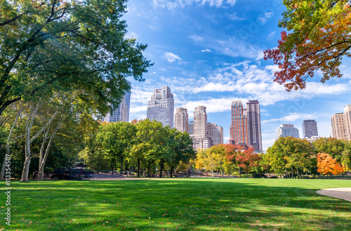 Beautiful foliage colors of New York Central Park Fotobehang