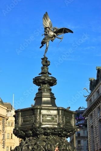 фотография Statue of Eros, Piccadilly Circus, London