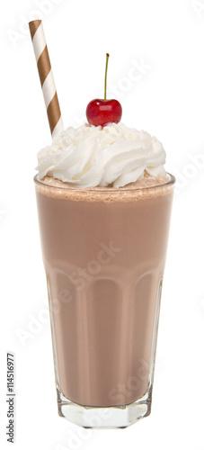 Photo vanilla chocolate milkshake with whipped cream and cherry isolated
