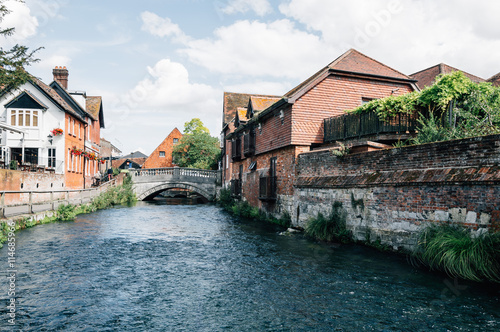 Fototapeta River and bridge in the city of Winchester