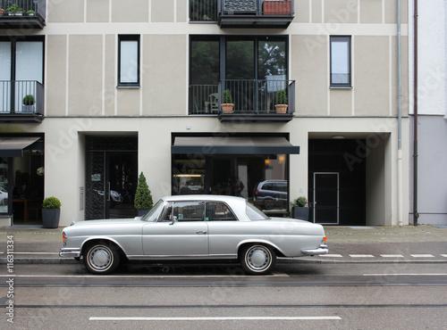 Платно Mercedes Coupe Oldtimer