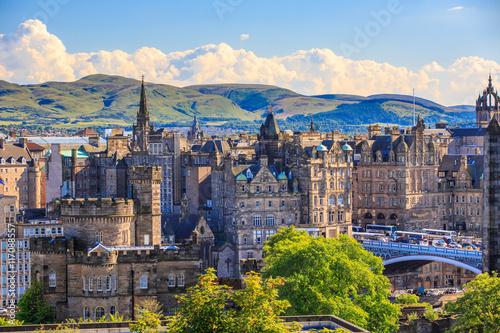 Mountain view point over Edinburgh city. Fototapeta