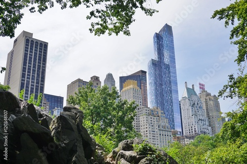 Scenic view of Central Park with New York buildings in the background Fotobehang