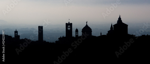 Canvas Print Skyline di Bergamo, Città Alta all'alba