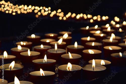 Fototapeta burning memorial candles