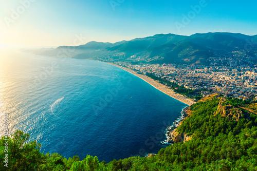 Obraz na plátně View on city beach in Alanya