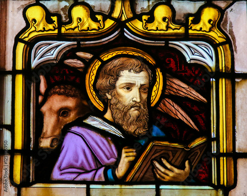Obraz na plátně Stained Glass of the Saint Luke the Evangelist