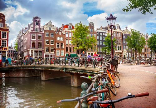Fototapeta premium Kanał w Amsterdamie