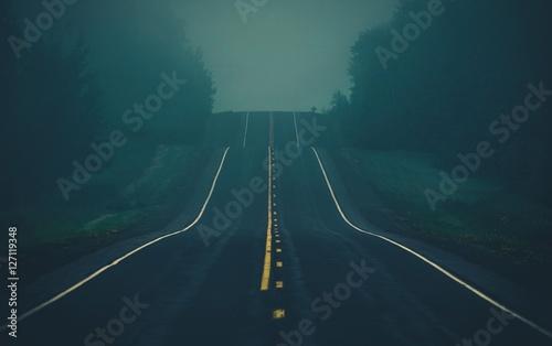 Fog on the Highway Fototapeta