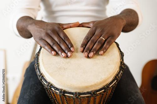 Obraz na plátně Musician Playing Drum.