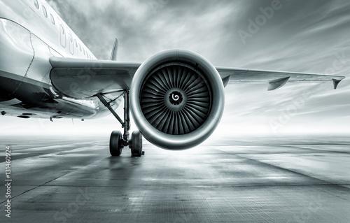 Turbine d'un avion de ligne Poster Mural XXL