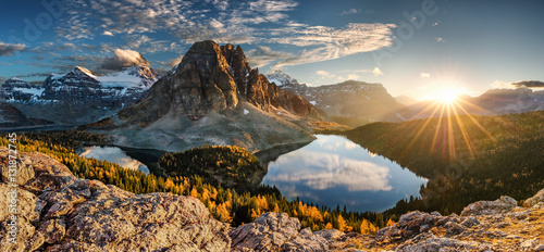 Fotografie, Obraz canada, lake magog, lake sumburst, lake cerulean