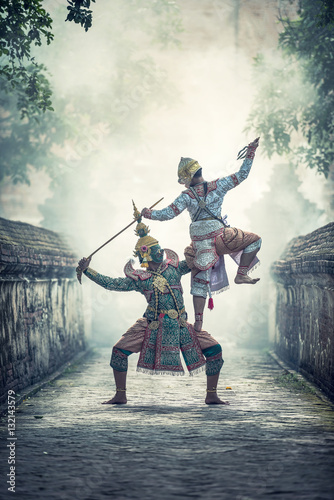 Fotografia Khon is traditional dance drama art of Thai classical masked, this performance i