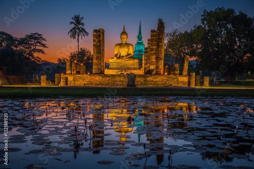 Canvas Print Buddha Statue at Wat Mahathat in Sukhothai Historical Park
