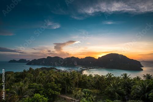 Платно View point of Phi Phi Island at sunset time, Krabi, Thailand