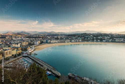 Tableau sur Toile Toned and filtered San Sebastian panorama