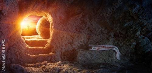 Obraz na plátně Tomb Empty With Shroud And Crucifixion At Sunrise - Resurrection Of Jesus