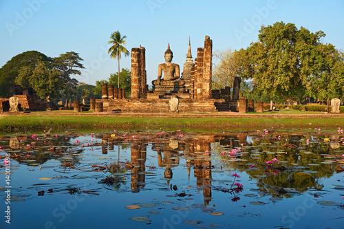 Obraz na płótnie Sukhothai Historical Park, World heritage site in Thailand.