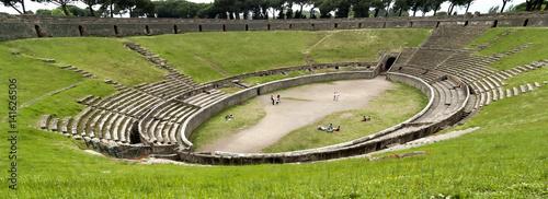 Cuadros en Lienzo Pompeii Amphitheatre, Italy