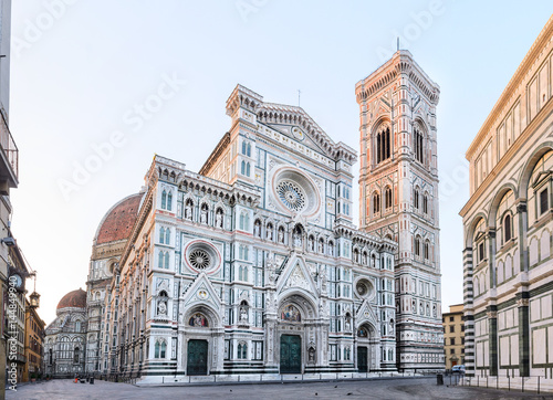 Fotografiet Florence Cathedral Santa Maria del Fiore sunrise view, Tuscany, Italy