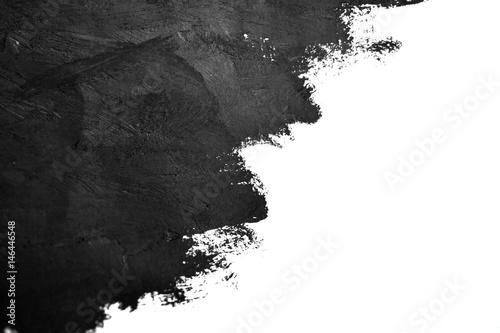 czarny pędzel gładzi farby olejne na białym papierze. Pojedynczo na białym tle. Streszczenie kreatywnych tle