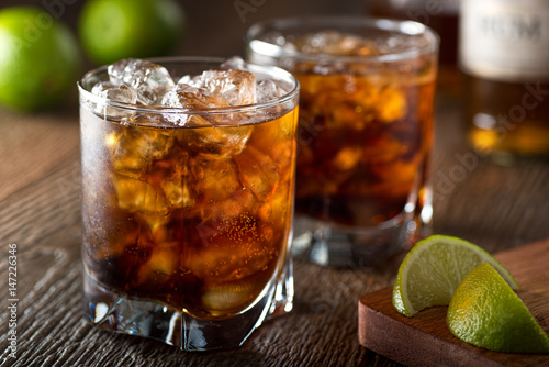 Carta da parati Rum and Cola