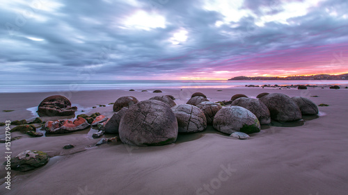 Fotografia Moeraki Boulders am Koekohe Beach an der Küste von Otago in Neuseeland (New Zeal
