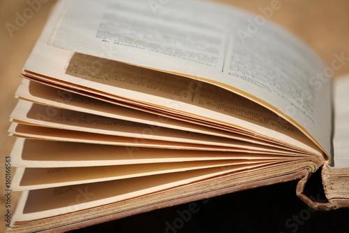 Tablou Canvas livre ouvert