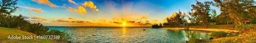 Fotografia Coastal view at sunset. Mauritius. Panorama