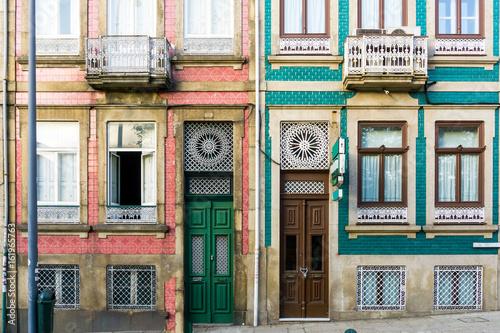 Obraz na plátně wooden door in old town Porto, Portugal, Europe