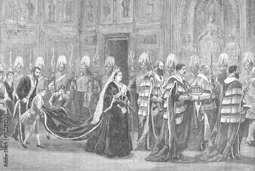 Carta da parati Queen Victoria opening Parliament. Date: 1886