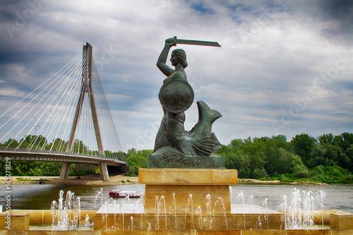 Fototapeta premium Pomnik Syrenki w Warszawie