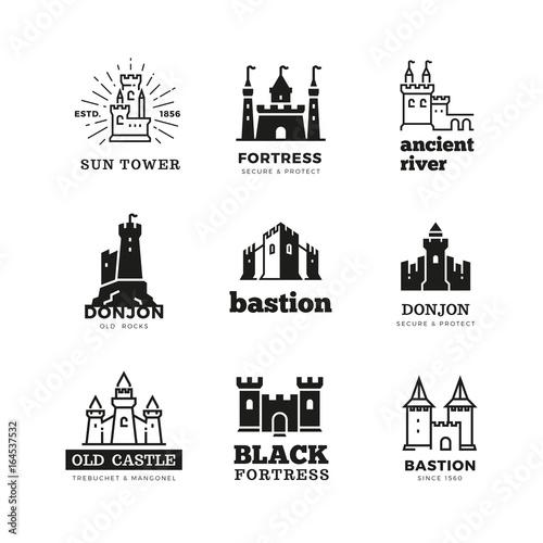 Carta da parati Medieval castle and knight fortress vector ancient royal logo set