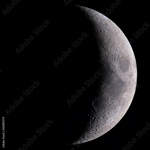 High detail 27% Crescent Moon shot at 2.700mm focal length