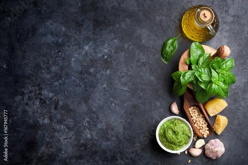 Obraz na plátně Pesto sauce ingredients
