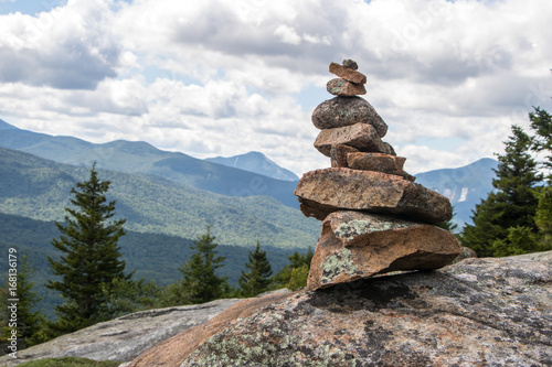 Foto Cairn on Mountain