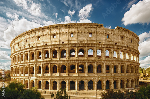 Tableau sur Toile The Coliseum or Flavian Amphitheatre (Amphitheatrum Flavium or Colosseo), Rome, Italy