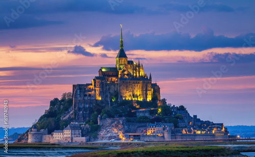 Photo Mont Saint-Michel view in the sunset light