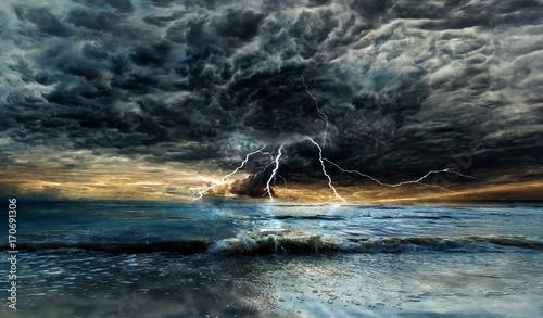 Fotografie, Obraz Thunderstorm over the sea