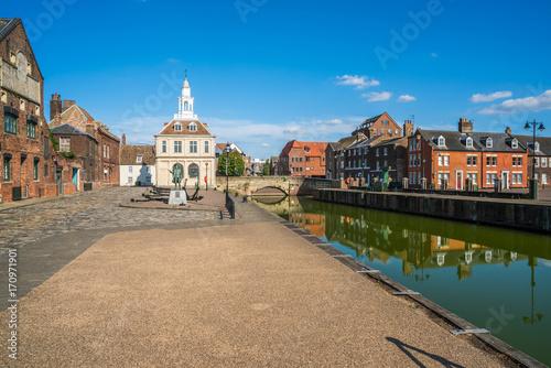 View of the old custom house at King's Lynn, Norfolk, UK Fototapeta