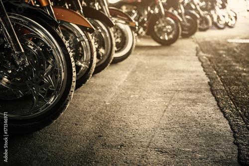 Fényképezés Motorcycles in a row