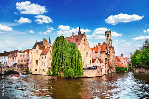 Fototapeta premium Quai Różańca w Brugii, Belgia