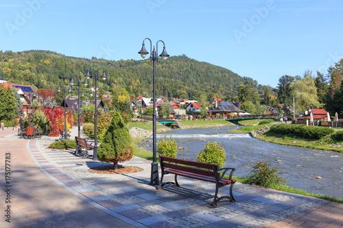 Obraz na płótnie Polish Spa Szczawnica in autumn. Promenade on stream Grajcarek