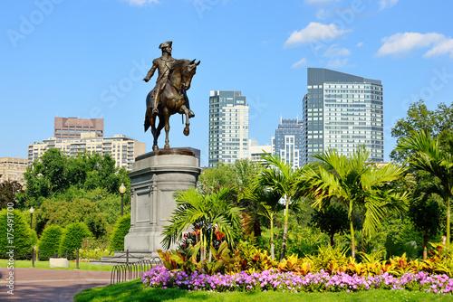 George Washington Statue in Boston Public Garden Fototapete