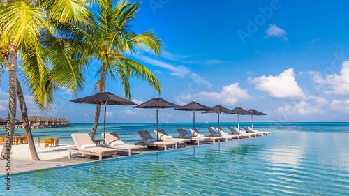 Fotografia, Obraz Luxury poolside with beach background