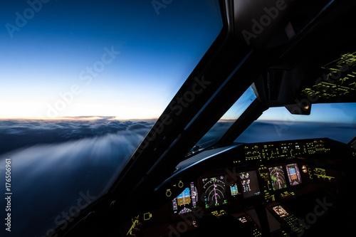 Fotografie, Tablou Airliner Cockpit in Flight