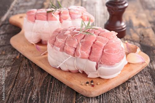 Stampa su Tela raw meat on board