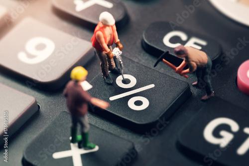 Stampa su Tela doing the best regarding interest rates concept