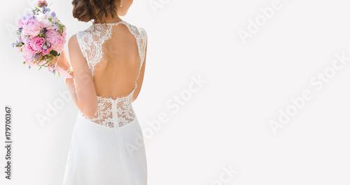 Tela Beautiful bride on a gray background